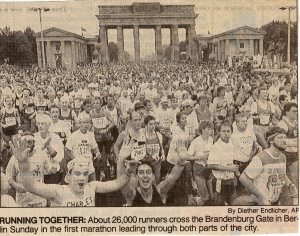 Newspaper coverage of the 1990 Berlin Marathon